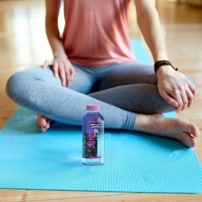 hellowater®Prebiotic Fiber Water - SING - Yoga girl