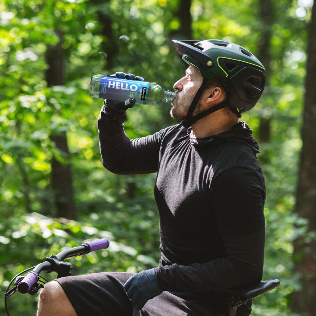 hellowater® Alkaline - Stay Balanced -biker drinking